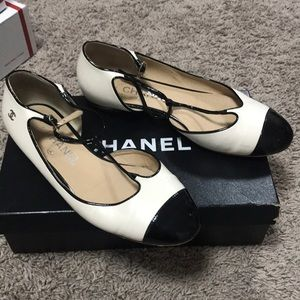 Chanel other open flats